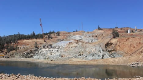Time-Lapse-Of-The-Construction-Of-A-New-Spillway-At-Oroville-Dam-California