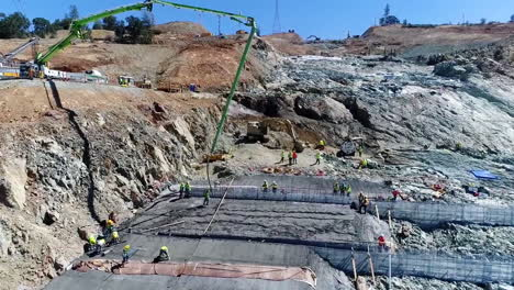 Aerial-Of-Workers-And-Equipment-At-The-Construction-Site-Of-A-New-Spillway-At-Oroville-Dam-California