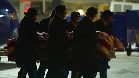 Members-Of-The-Indiana-National-Guard-Receive-The-Casket-Of-A-Fallen-Soldier-At-The-Indianapolis-Airport