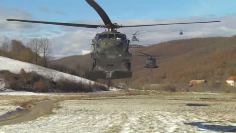 Helicopters-Drop-American-And-Polish-Paratroopers-In-Kosovo-As-Part-Of-A-Joint-Air-Assault-Exercise