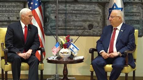 Mike-Pence-Agradece-Al-Presidente-Israelí-Rivlin-Por-Asistir-A-Uno-De-Sus-Discursos-En-Jerusalén