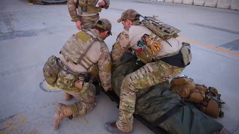 Usaf-Pararescuemen-Take-A-Wounded-Pilot-Aboard-A-Ch47
