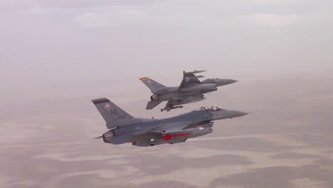 F16-Flying-Falcons-Are-Seen-In-Flight