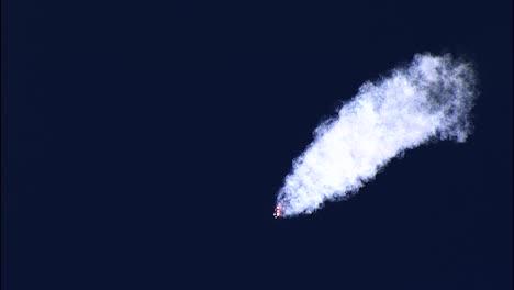 El-Cohete-Pesado-Delta-Iv-Crea-Estelas-Detr-s-De-l-Cuando-Deja-La-rbita-Terrestre-Base-De-La-Fuerza-A-rea-De-Vandenberg-California-2019