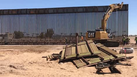 A-Section-Of-the-New-30-Foot-Boarder-Wall-In-Arizona-Constructed-By-the-Us-Army-Corps-Of-Engineers-2019