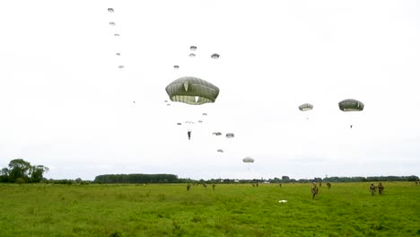 Dozens-Of-Paratroopers-As-they-Come-In-On-A-Field-Near-Saintemereeglise-France-For-the-75th-Commemoration-Of-Dday-June-9th-2019