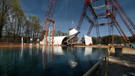 Nasa-Drop-Tests-the-Orion-Reentry-Module-Into-Water-2016