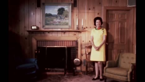 Claudia-Lady-Bird-Johnson-Te-Lleva-A-La-Guarida-De-La-Casa-De-La-Familia-Lyndon-B-Johnson-Junio-De-1968