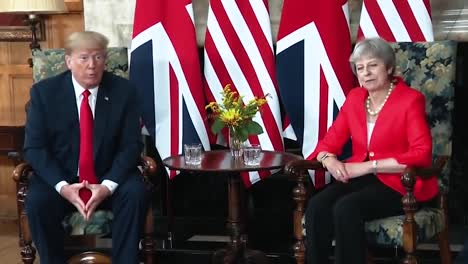 President-Trump-Tells-the-Press-About-His-Bilateral-Meeting-With-theresa-May-2018