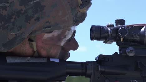 US-Marines-Führen-Truppgestütztes-Feuer--Und-Manövertraining-Durch-Um-Die-Kriegsführungsfähigkeiten-Im-Camp-Lejeune-Nc-3-Zu-Verbessern