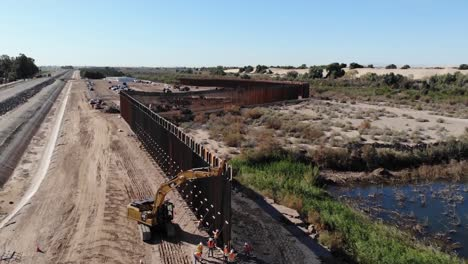 Aerial-Drone-Footage-Of-the-Usarmy-Corp-Of-Engineers-South-Pacific-Border-District-Yuma-6-Project-Construction-Arizona-1