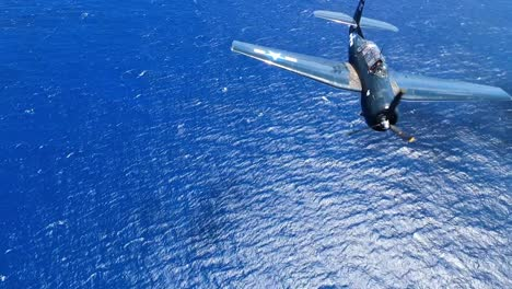GoPro-Vista-Aérea-Footage-Of-World-War-Ii-Vintage-Warbirds-Flying-Over-the-Sun-Drenched-Ocean-And-Coast-Of-Hawaii