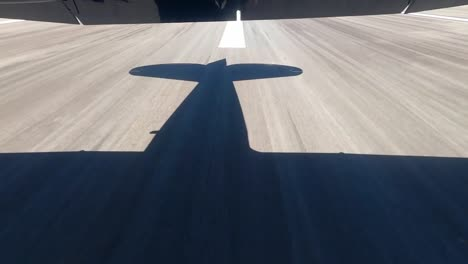 GoPro-Vista-Aérea-Footage-Of-World-War-Ii-Vintage-Warbirds-Flying-Over-the-Sun-Drenched-Ocean-And-Coast-Of-Hawaii-2