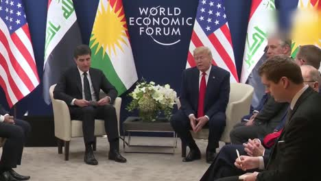 Presidente-Estadounidense-Donald-Trump-Y-Nechirvan-Barzani-Presidente-De-La-Región-Del-Kurdistán-De-Irak-Foro-Económico-Mundial