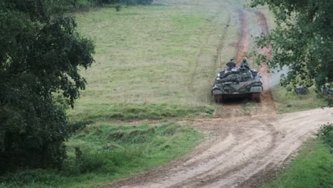 Us-Army-Bradley-Fighting-Vehicle-Slovenian-M84-Main-Battle-Tank-Ukranian-Bmp1-Infantry-Fighting-Vehicle
