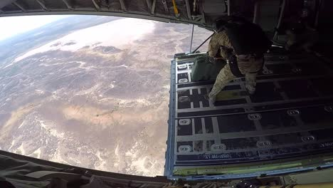 Us-Air-Force-82Nd-Erqs-Pararescuemen-High-Altitude-Low-Opening-(Halo)-Jump-Training-Over-East-Africa-3