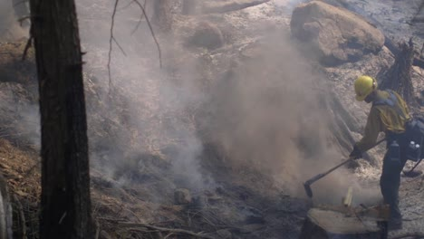 Slow-Motion-Us-Marines-Fight-Creek-Fire-An-Inferno-Of-Flames-And-Raging-Wildfires-In-the-Sierra-National-Forest-2
