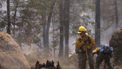 Slow-Motion-Us-Marines-Fight-Creek-Fire-An-Inferno-Of-Flames-And-Raging-Wildfires-In-the-Sierra-National-Forest-3