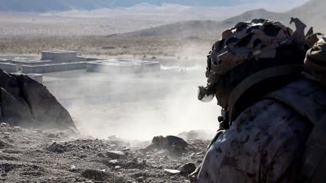 Us-Marines-Livefire-Training-Exercise-Attack-On-Mock-Up-Of-A-Desert-Compound-At-Range-230-29-Palms-Ca-1
