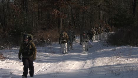 Us-Army-And-Marines-Use-Snowshoes-Ahkio-Sleds-And-Winter-Survival-Gear-Fort-Mccoy-Coldweather-Course-Wi-1