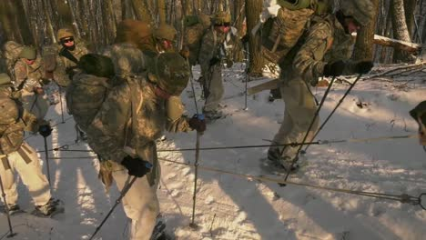 Us-Army-And-Marines-Use-Snowshoes-Ahkio-Sleds-And-Winter-Survival-Gear-Fort-Mccoy-Coldweather-Course-Wi-5