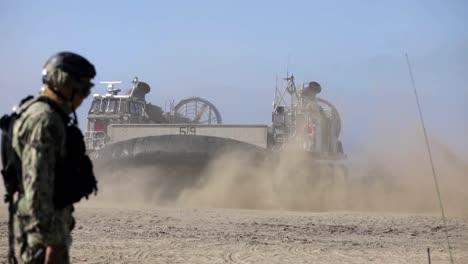 US-Marines-1st-Combat-Engineer-Battalion-Amphibische-Landungsübung-An-Einem-Strand-Von-Camp-Pendleton-Ca-3