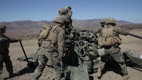 Us-Marines-Direct-Fire-Drill-With-M777-Howitzer-Marine-Corps-Combat-Readiness-Evaluation-Camp-Pendleton-Ca-4