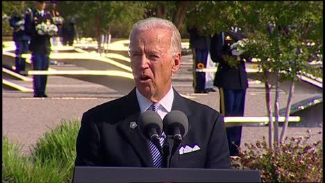 Us-Vice-President-Joe-Biden-Speaks-To-Politician-Military-And-Families-Pentagon-9/11-Observance-Arlington-Va-4