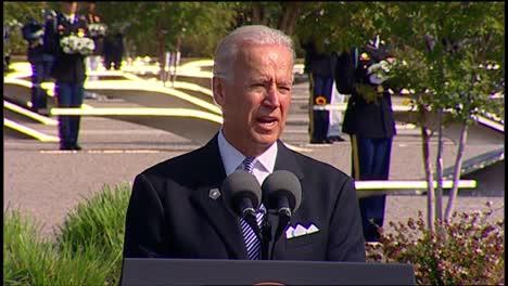 Us-Vice-President-Joe-Biden-Speaks-To-Politician-Military-And-Families-Pentagon-9/11-Observance-Arlington-Va-6