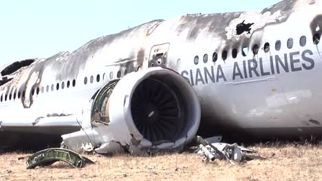 Footage-Of-The-2013-Asiana-Air-Crash-Disaster-In-San-Francisco-Ca