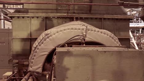 Interior-De-Una-Planta-De-Energía-Geotérmica-2