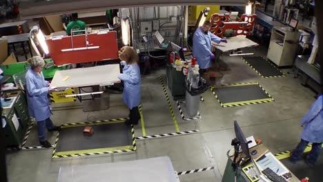 Las-Pilas-De-Combustible-Se-Producen-En-Una-Línea-De-Montaje-De-Fábrica-1