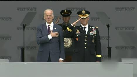 El-Vicepresidente-Estadounidense-Joe-Biden-En-La-Ceremonia-De-Graduación-Y-Graduación-De-La-Academia-Militar-De-West-Point-Nueva-York
