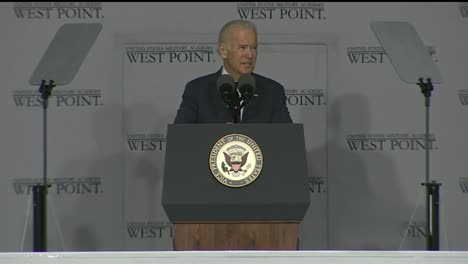 Vice-President-Joe-Biden-And-Cadets-At-West-Point-Military-Academy-Graduation-And-Commencement-Ceremonies-4