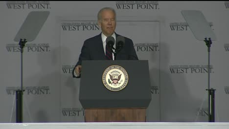 Vice-President-Joe-Biden-And-Cadets-At-West-Point-Military-Academy-Graduation-And-Commencement-Ceremonies-8