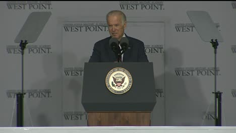 Vice-President-Joe-Biden-And-Cadets-At-West-Point-Military-Academy-Graduation-And-Commencement-Ceremonies-9