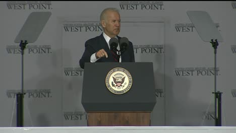Vice-President-Joe-Biden-And-Cadets-At-West-Point-Military-Academy-Graduation-And-Commencement-Ceremonies-10