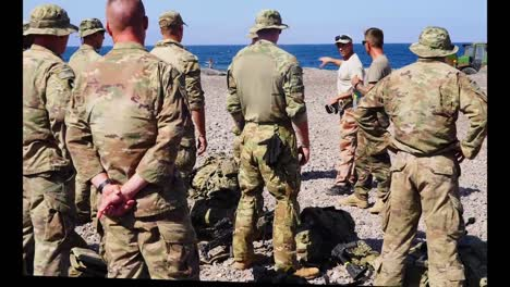 Us-And-French-Army-Soldiers-Learn-Combat-And-Survival-Skills-French-Desert-Commando-Course-Djibouti-4