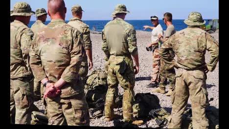 Y-Los-Soldados-Del-Ejército-Francés-Aprenden-Habilidades-De-Combate-Y-Supervivencia-Curso-De-Comando-Del-Desierto-Francés-Djibouti-4