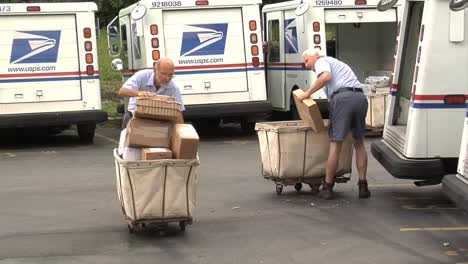 Mail-Is-Prepared-For-Delivery-And-Taken-To-Trucks-At-A-Modern-Post-Office-Sorting-Facility-1