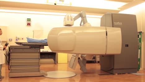 A-Patient-Is-Given-Radiation-Imaging-Treatment-For-A-Cancer-Diagnosis-3