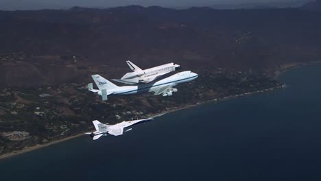 The-Final-Voyage-Of-Space-Shuttle-Enterprise-Flying-Over-Pacific-Coast-4
