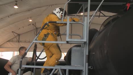 The-Us-Air-Force-Prepares-A-U2-Dragon-Lady-High-Altitude-Jet-For-Takeoff