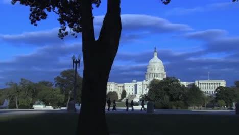Tilt-Down-To-The-Us-Capitol-Building