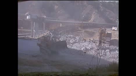 Footage-Of-The-1994-Northridge-Earthquake-Freeway-Collapses-1