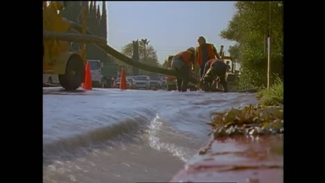 Flooding-From-Broken-Water-Mains-During-The-1994-Northridge-Earthquake-1