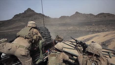 In-Helmand-Province-Afghanistan-Marines-And-Taliban-Exchange-Fire-2
