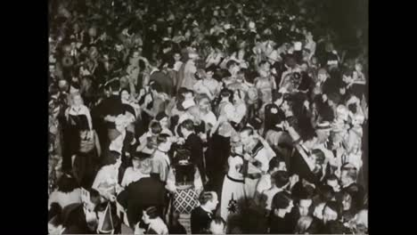 New-Year-Celebrations-For-1933-In-Chicago