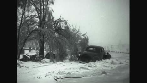 Sleet-Cuts-The-Telephone-Wires-In-Minnesota-In-The-Winter-Of-1935