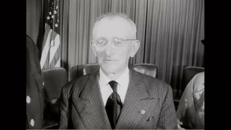 Cuatro-Familias-Reciben-La-Medalla-De-Honor-Como-Premio-Por-Sus-Hijos-Que-Perdieron-La-Vida-Protegiendo-A-Otros-En-La-Batalla-En-1951